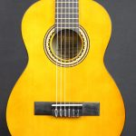 Valencia VC201 1/4 Classical Guitar Antique Natural
